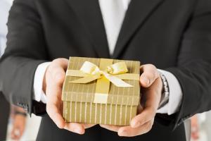 quà tặng tri ân khách hàng nhân dịp năm học mới